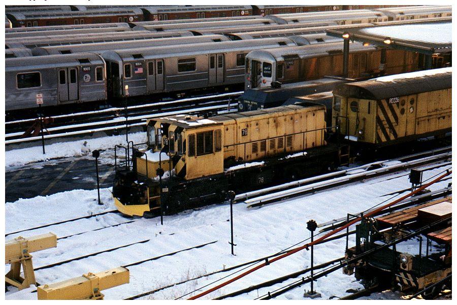 (141k, 900x601)<br><b>Country:</b> United States<br><b>City:</b> New York<br><b>System:</b> New York City Transit<br><b>Location:</b> Corona Yard<br><b>Car:</b> R-52 Locomotive  78 <br><b>Photo by:</b> Gary Chatterton<br><b>Date:</b> 12/7/2002<br><b>Viewed (this week/total):</b> 0 / 3420