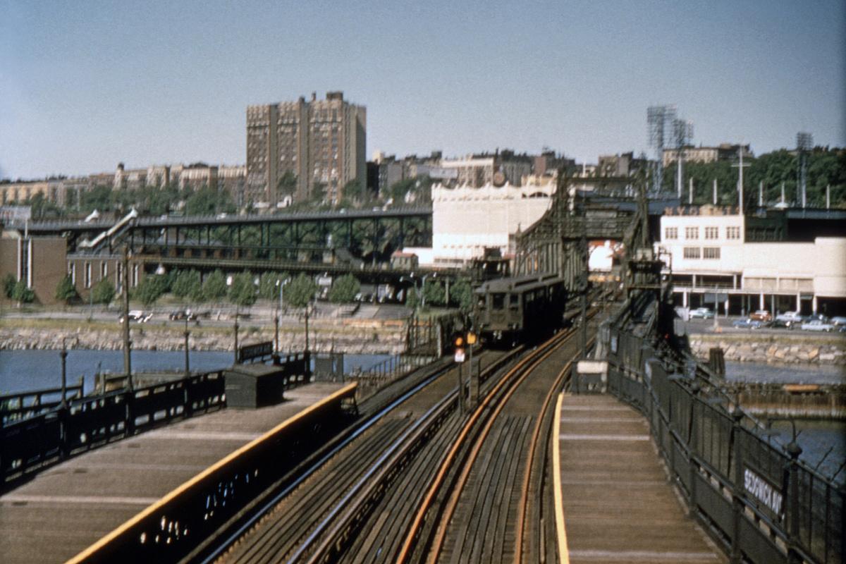 (392k, 1024x683)<br><b>Country:</b> United States<br><b>City:</b> New York<br><b>System:</b> New York City Transit<br><b>Line:</b> 9th Avenue El<br><b>Location:</b> Sedgwick Avenue <br><b>Car:</b> Low-V  <br><b>Collection of:</b> David Pirmann<br><b>Date:</b> 6/14/1958<br><b>Notes:</b> Polo Grounds Shuttle<br><b>Viewed (this week/total):</b> 6 / 20617