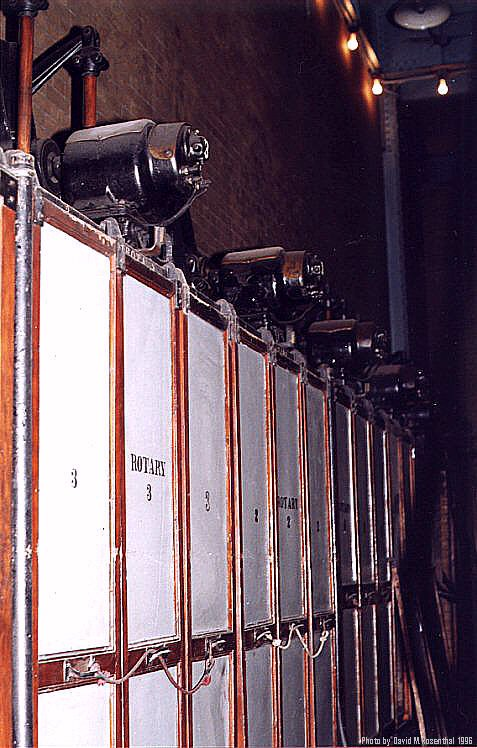 (89k, 477x748)<br><b>Country:</b> United States<br><b>City:</b> New York<br><b>System:</b> New York City Transit<br><b>Location:</b> IRT Substation 21<br><b>Photo by:</b> David M. Rosenthal<br><b>Date:</b> 10/22/1996<br><b>Notes:</b> 11000 VAC Oil Circuit breakers.<br><b>Viewed (this week/total):</b> 3 / 11713