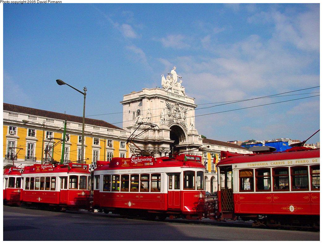 (250k, 1044x788)<br><b>Country:</b> Portugal<br><b>City:</b> Lisbon<br><b>System:</b> Companhia Carris De Ferro De Lisboa <br><b>Line:</b> Circuito das Colinas (Tourist Route) <br><b>Location:</b> Praça do Comércio<br><b>Car:</b> Standard Tram (Tourist Tram, Restored)   <br><b>Photo by:</b> David Pirmann<br><b>Date:</b> 10/26/2001<br><b>Viewed (this week/total):</b> 1 / 2007