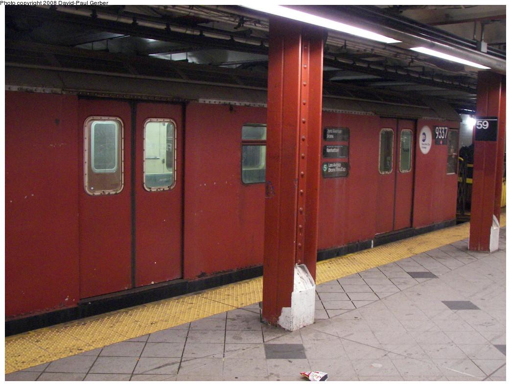 (281k, 1044x788)<br><b>Country:</b> United States<br><b>City:</b> New York<br><b>System:</b> New York City Transit<br><b>Line:</b> IND 8th Avenue Line<br><b>Location:</b> 59th Street/Columbus Circle <br><b>Route:</b> Work Service<br><b>Car:</b> R-33 World's Fair (St. Louis, 1963-64) 9337 <br><b>Photo by:</b> David-Paul Gerber<br><b>Date:</b> 10/10/2007<br><b>Viewed (this week/total):</b> 6 / 2703