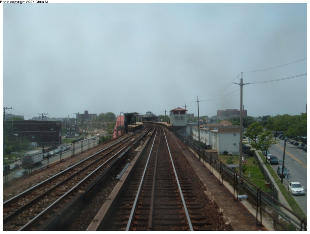 (148k, 1044x788)<br><b>Country:</b> United States<br><b>City:</b> New York<br><b>System:</b> New York City Transit<br><b>Line:</b> IND Rockaway<br><b>Location:</b> Beach 60th Street/Straiton <br><b>Photo by:</b> Chris M.<br><b>Date:</b> 6/19/2007<br><b>Viewed (this week/total):</b> 0 / 1340