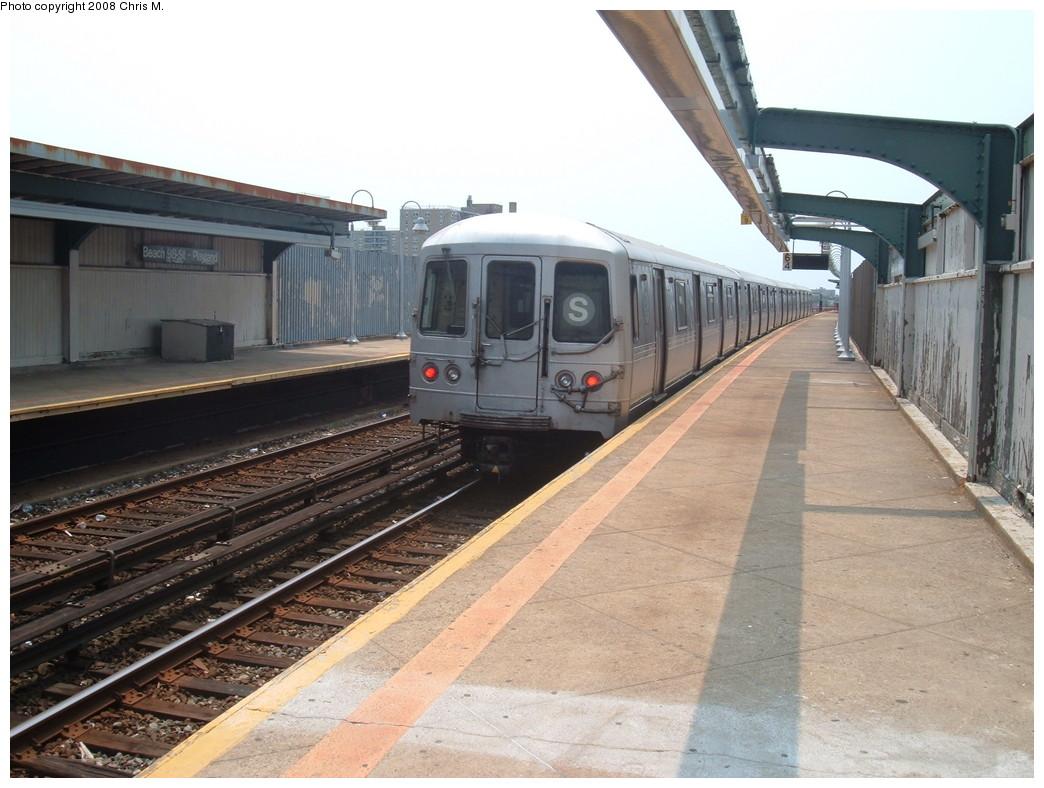 (214k, 1044x788)<br><b>Country:</b> United States<br><b>City:</b> New York<br><b>System:</b> New York City Transit<br><b>Line:</b> IND Rockaway<br><b>Location:</b> Beach 98th Street/Playland <br><b>Route:</b> S<br><b>Car:</b> R-44 (St. Louis, 1971-73)  <br><b>Photo by:</b> Chris M.<br><b>Date:</b> 6/19/2007<br><b>Viewed (this week/total):</b> 2 / 1229