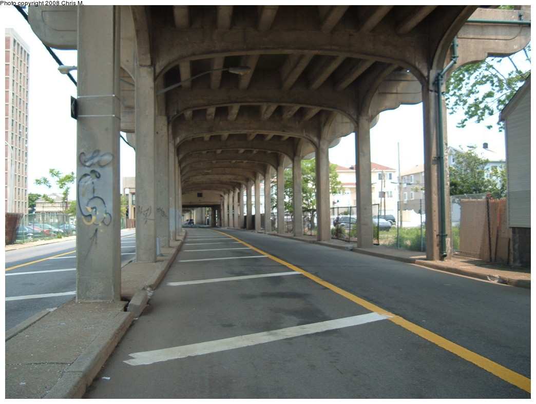 (203k, 1044x788)<br><b>Country:</b> United States<br><b>City:</b> New York<br><b>System:</b> New York City Transit<br><b>Line:</b> IND Rockaway<br><b>Location:</b> Beach 98th Street/Playland <br><b>Photo by:</b> Chris M.<br><b>Date:</b> 6/19/2007<br><b>Notes:</b> View of el under Beach 98 Street station.<br><b>Viewed (this week/total):</b> 2 / 1203