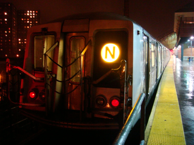 (94k, 640x480)<br><b>Country:</b> United States<br><b>City:</b> New York<br><b>System:</b> New York City Transit<br><b>Location:</b> Coney Island/Stillwell Avenue<br><b>Route:</b> N<br><b>Car:</b> R-40 (St. Louis, 1968)  4313 <br><b>Photo by:</b> Danny Molina<br><b>Date:</b> 2/2/2008<br><b>Viewed (this week/total):</b> 0 / 2198