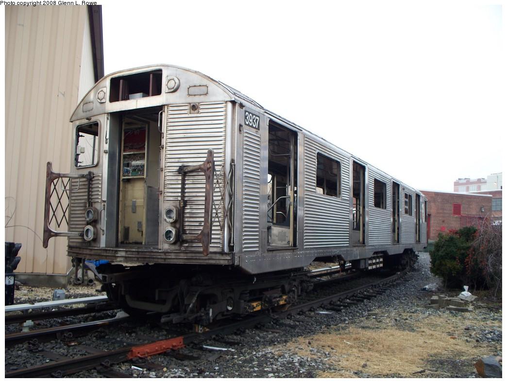 (207k, 1044x788)<br><b>Country:</b> United States<br><b>City:</b> New York<br><b>System:</b> New York City Transit<br><b>Location:</b> 207th Street Yard<br><b>Car:</b> R-32 (GE Rebuild) 3937 <br><b>Photo by:</b> Glenn L. Rowe<br><b>Date:</b> 2/6/2008<br><b>Viewed (this week/total):</b> 3 / 2136