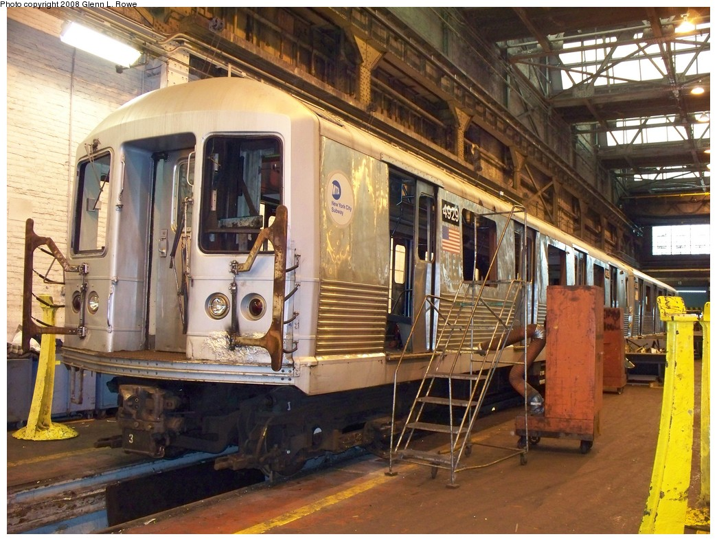 (269k, 1044x788)<br><b>Country:</b> United States<br><b>City:</b> New York<br><b>System:</b> New York City Transit<br><b>Location:</b> 207th Street Shop<br><b>Car:</b> R-42 (St. Louis, 1969-1970)  4929 <br><b>Photo by:</b> Glenn L. Rowe<br><b>Date:</b> 2/6/2008<br><b>Viewed (this week/total):</b> 0 / 1629