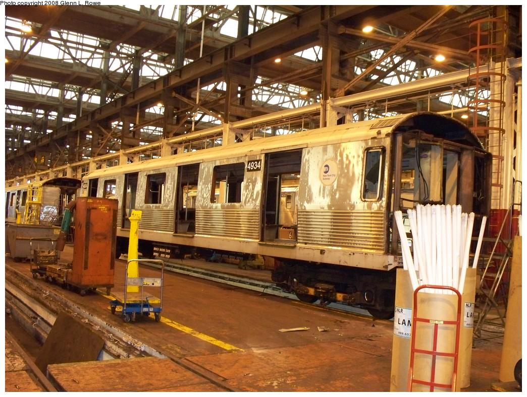 (288k, 1044x788)<br><b>Country:</b> United States<br><b>City:</b> New York<br><b>System:</b> New York City Transit<br><b>Location:</b> 207th Street Shop<br><b>Car:</b> R-42 (St. Louis, 1969-1970)  4934 <br><b>Photo by:</b> Glenn L. Rowe<br><b>Date:</b> 2/6/2008<br><b>Viewed (this week/total):</b> 0 / 1122