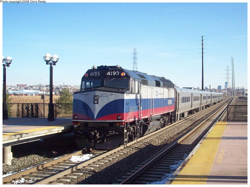 (217k, 996x745)<br><b>Country:</b> United States<br><b>System:</b> NJ Transit (or Predecessor)<br><b>Line:</b> NJT Main/Bergen Line<br><b>Location:</b> Secaucus Junction<br><b>Car:</b> MNRR F40PH-2CAT 4193 <br><b>Photo by:</b> Chris Reidy<br><b>Date:</b> 2/14/2008<br><b>Viewed (this week/total):</b> 0 / 2000