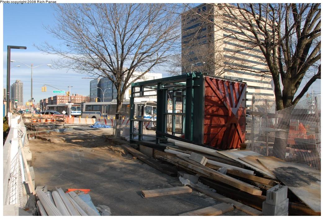 (300k, 1044x706)<br><b>Country:</b> United States<br><b>City:</b> New York<br><b>System:</b> New York City Transit<br><b>Line:</b> IND Queens Boulevard Line<br><b>Location:</b> Union Turnpike/Kew Gardens <br><b>Photo by:</b> Richard Panse<br><b>Date:</b> 2/16/2008<br><b>Notes:</b> Elevator construction.<br><b>Viewed (this week/total):</b> 0 / 1798