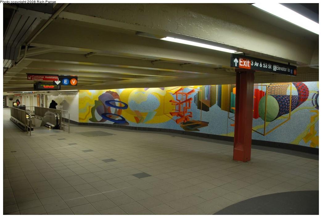 (169k, 1044x706)<br><b>Country:</b> United States<br><b>City:</b> New York<br><b>System:</b> New York City Transit<br><b>Location:</b> 51st-53rd & Lex IRT-IND Transfer<br><b>Photo by:</b> Richard Panse<br><b>Date:</b> 2/16/2008<br><b>Artwork:</b> <i>Passing Through</i>, Al Held (2004).<br><b>Viewed (this week/total):</b> 3 / 1828