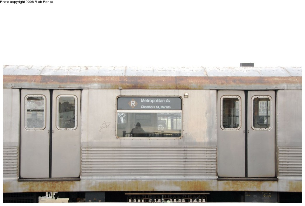(112k, 1044x706)<br><b>Country:</b> United States<br><b>City:</b> New York<br><b>System:</b> New York City Transit<br><b>Line:</b> BMT Myrtle Avenue Line<br><b>Location:</b> Central Avenue <br><b>Route:</b> J reroute.<br><b>Car:</b> R-42 (St. Louis, 1969-1970)  4589 <br><b>Photo by:</b> Richard Panse<br><b>Date:</b> 2/17/2008<br><b>Viewed (this week/total):</b> 1 / 2741