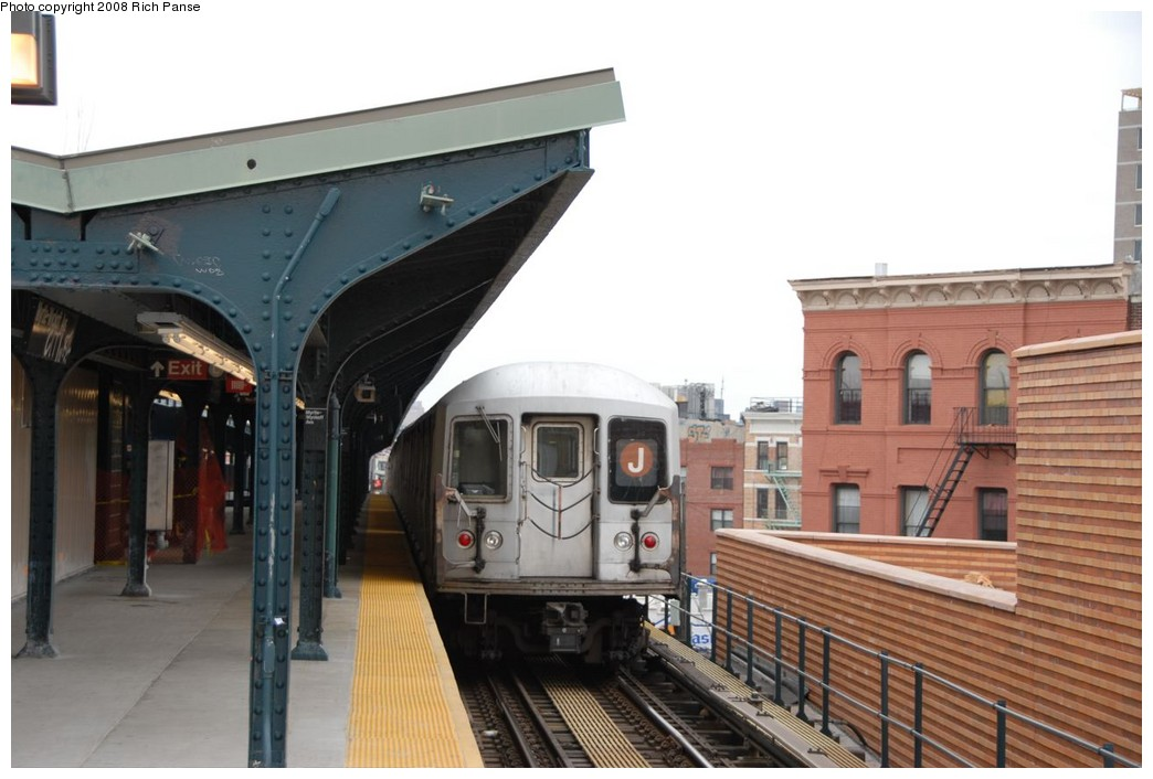 (181k, 1044x706)<br><b>Country:</b> United States<br><b>City:</b> New York<br><b>System:</b> New York City Transit<br><b>Line:</b> BMT Myrtle Avenue Line<br><b>Location:</b> Wyckoff Avenue <br><b>Route:</b> J reroute.<br><b>Car:</b> R-42 (St. Louis, 1969-1970)  4672 <br><b>Photo by:</b> Richard Panse<br><b>Date:</b> 2/17/2008<br><b>Viewed (this week/total):</b> 4 / 1831