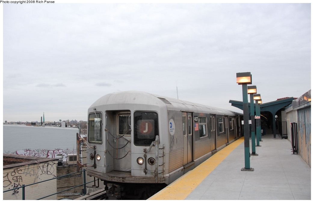 (116k, 1044x678)<br><b>Country:</b> United States<br><b>City:</b> New York<br><b>System:</b> New York City Transit<br><b>Line:</b> BMT Myrtle Avenue Line<br><b>Location:</b> Wyckoff Avenue <br><b>Route:</b> J reroute.<br><b>Car:</b> R-42 (St. Louis, 1969-1970)  4637 <br><b>Photo by:</b> Richard Panse<br><b>Date:</b> 2/17/2008<br><b>Viewed (this week/total):</b> 0 / 1691