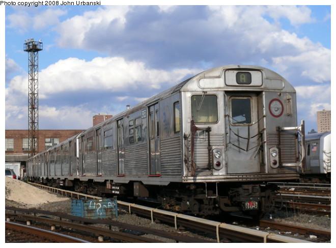 (92k, 660x487)<br><b>Country:</b> United States<br><b>City:</b> New York<br><b>System:</b> New York City Transit<br><b>Location:</b> 207th Street Yard<br><b>Car:</b> R-38 (St. Louis, 1966-1967)  3953 <br><b>Photo by:</b> John Urbanski<br><b>Date:</b> 2/19/2008<br><b>Viewed (this week/total):</b> 2 / 2356
