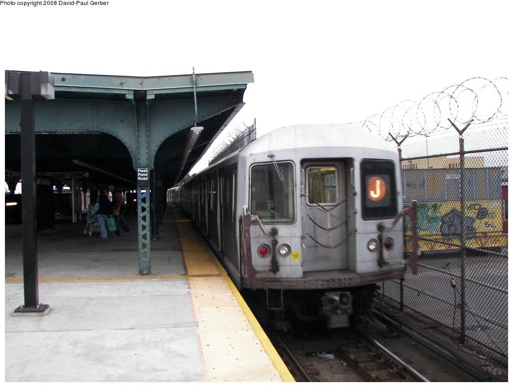 (232k, 1044x788)<br><b>Country:</b> United States<br><b>City:</b> New York<br><b>System:</b> New York City Transit<br><b>Line:</b> BMT Myrtle Avenue Line<br><b>Location:</b> Fresh Pond Road <br><b>Route:</b> J reroute<br><b>Car:</b> R-42 (St. Louis, 1969-1970)   <br><b>Photo by:</b> David-Paul Gerber<br><b>Date:</b> 2/17/2008<br><b>Viewed (this week/total):</b> 2 / 1794