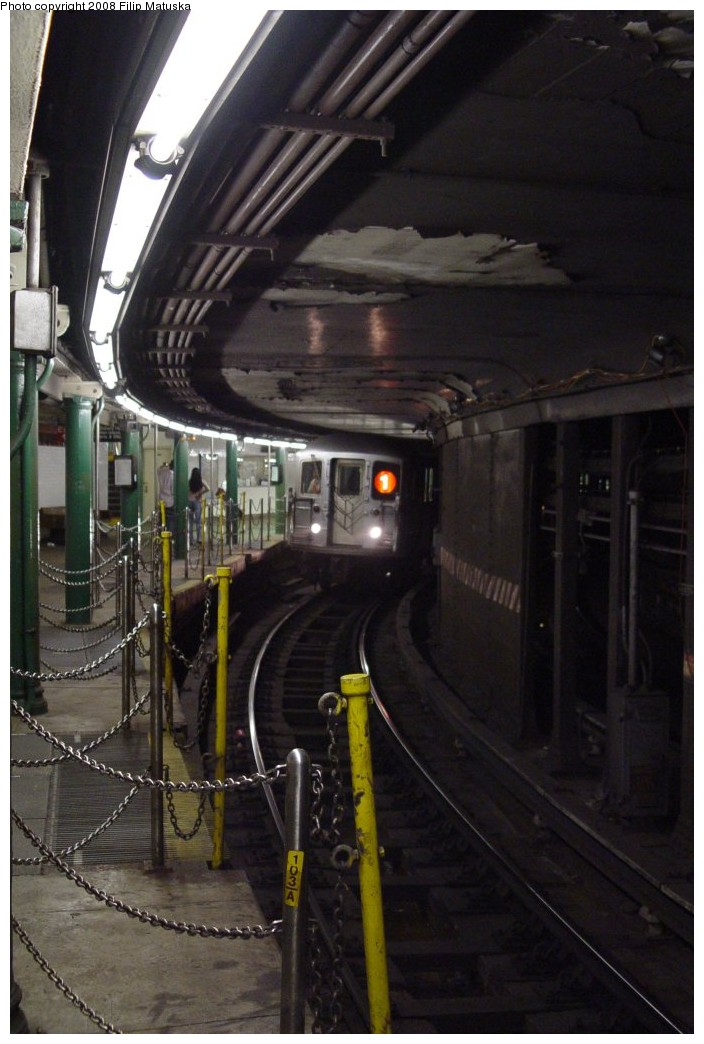 (165k, 704x1044)<br><b>Country:</b> United States<br><b>City:</b> New York<br><b>System:</b> New York City Transit<br><b>Line:</b> IRT West Side Line<br><b>Location:</b> South Ferry (Outer Loop Station) <br><b>Route:</b> 1<br><b>Car:</b> R-62A (Bombardier, 1984-1987)   <br><b>Photo by:</b> Filip Matuska<br><b>Date:</b> 6/6/2007<br><b>Viewed (this week/total):</b> 0 / 1821