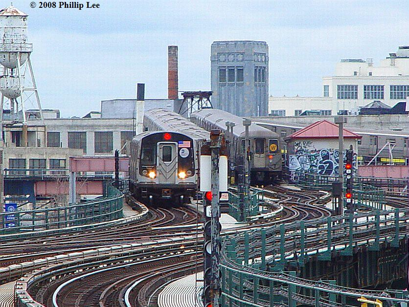 (149k, 836x628)<br><b>Country:</b> United States<br><b>City:</b> New York<br><b>System:</b> New York City Transit<br><b>Line:</b> BMT Astoria Line<br><b>Location:</b> 39th/Beebe Aves. <br><b>Route:</b> N<br><b>Car:</b> R-160A/R-160B Series (Number Unknown)  <br><b>Photo by:</b> Phillip Lee<br><b>Date:</b> 1/17/2008<br><b>Viewed (this week/total):</b> 0 / 2726