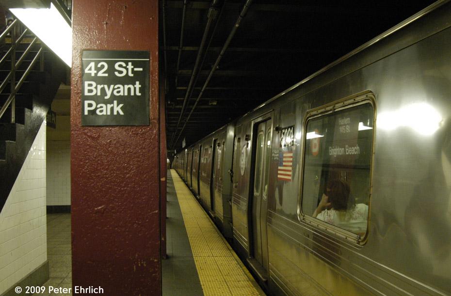 (190k, 930x611)<br><b>Country:</b> United States<br><b>City:</b> New York<br><b>System:</b> New York City Transit<br><b>Line:</b> IND 6th Avenue Line<br><b>Location:</b> 42nd Street/Bryant Park <br><b>Car:</b> R-68A (Kawasaki, 1988-1989)  5091 <br><b>Photo by:</b> Peter Ehrlich<br><b>Date:</b> 7/22/2009<br><b>Viewed (this week/total):</b> 0 / 1221