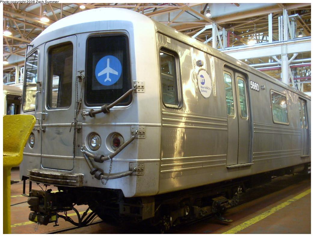 (266k, 1044x788)<br><b>Country:</b> United States<br><b>City:</b> New York<br><b>System:</b> New York City Transit<br><b>Location:</b> Coney Island Shop/Overhaul & Repair Shop<br><b>Car:</b> R-46 (Pullman-Standard, 1974-75) 5660 <br><b>Photo by:</b> Zach Summer<br><b>Date:</b> 12/20/2007<br><b>Viewed (this week/total):</b> 1 / 1697