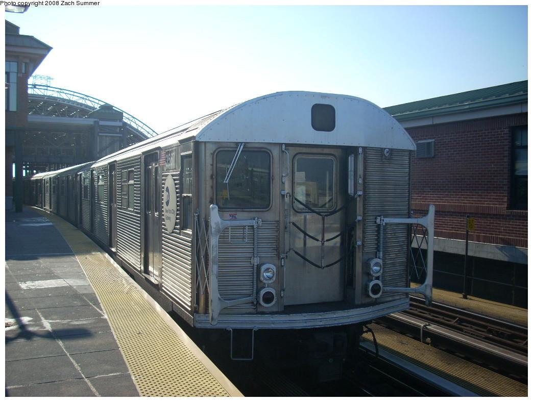(248k, 1044x788)<br><b>Country:</b> United States<br><b>City:</b> New York<br><b>System:</b> New York City Transit<br><b>Location:</b> Coney Island/Stillwell Avenue<br><b>Route:</b> F<br><b>Car:</b> R-32 (Budd, 1964)  3567 <br><b>Photo by:</b> Zach Summer<br><b>Date:</b> 12/20/2007<br><b>Viewed (this week/total):</b> 0 / 1623