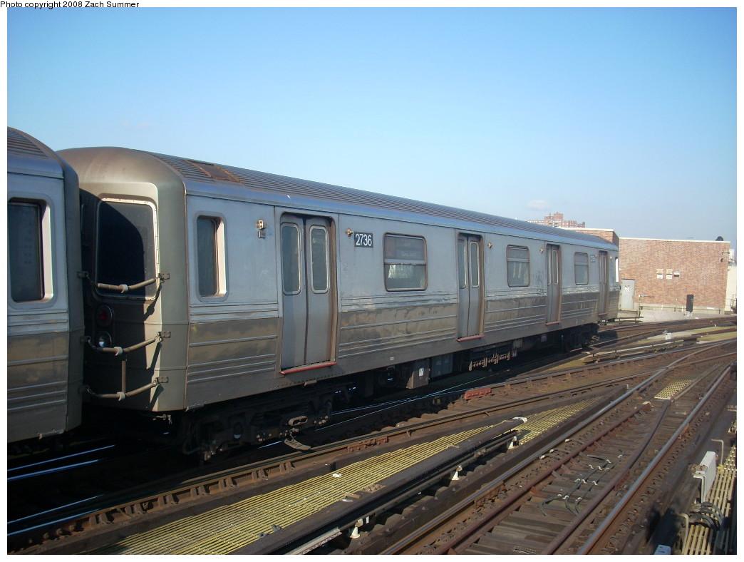 (230k, 1044x788)<br><b>Country:</b> United States<br><b>City:</b> New York<br><b>System:</b> New York City Transit<br><b>Location:</b> Coney Island/Stillwell Avenue<br><b>Route:</b> D<br><b>Car:</b> R-68 (Westinghouse-Amrail, 1986-1988)  2736 <br><b>Photo by:</b> Zach Summer<br><b>Date:</b> 12/20/2007<br><b>Viewed (this week/total):</b> 0 / 1312