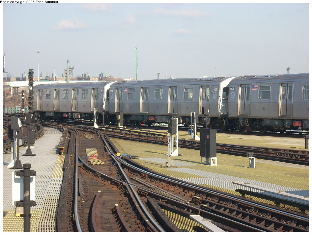 (269k, 1044x788)<br><b>Country:</b> United States<br><b>City:</b> New York<br><b>System:</b> New York City Transit<br><b>Location:</b> Coney Island/Stillwell Avenue<br><b>Route:</b> N<br><b>Car:</b> R-160B (Kawasaki, 2005-2008)  8824 <br><b>Photo by:</b> Zach Summer<br><b>Date:</b> 12/20/2007<br><b>Viewed (this week/total):</b> 2 / 1914