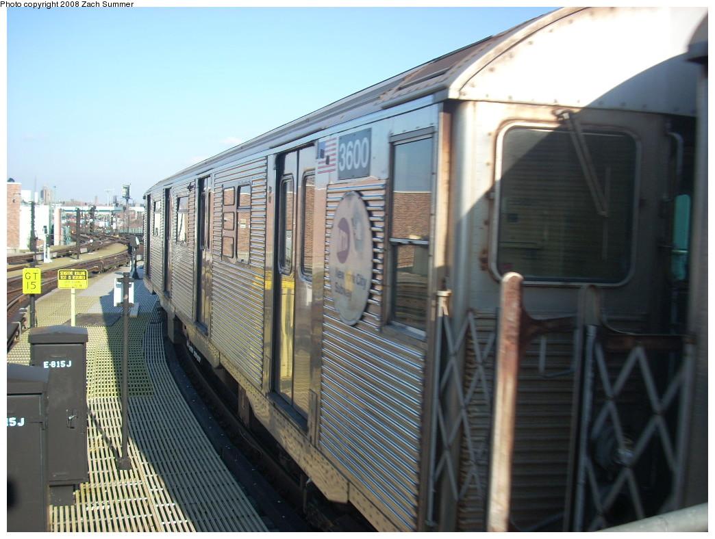 (256k, 1044x788)<br><b>Country:</b> United States<br><b>City:</b> New York<br><b>System:</b> New York City Transit<br><b>Location:</b> Coney Island/Stillwell Avenue<br><b>Route:</b> Layup<br><b>Car:</b> R-32 (Budd, 1964)  3600 <br><b>Photo by:</b> Zach Summer<br><b>Date:</b> 12/20/2007<br><b>Viewed (this week/total):</b> 2 / 1370