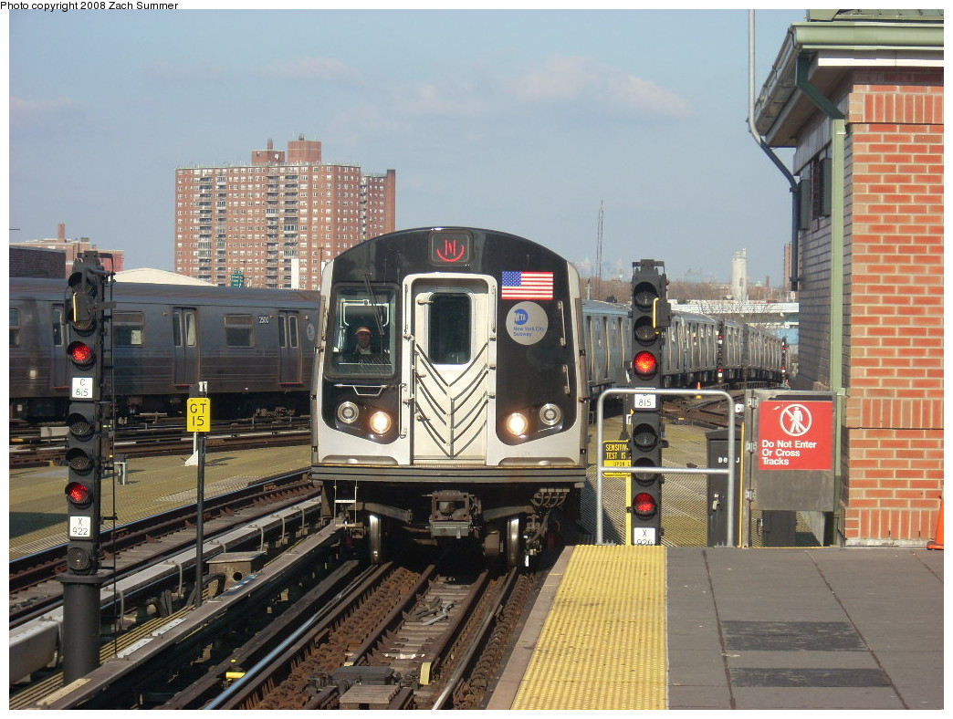 (282k, 1044x788)<br><b>Country:</b> United States<br><b>City:</b> New York<br><b>System:</b> New York City Transit<br><b>Location:</b> Coney Island/Stillwell Avenue<br><b>Route:</b> N<br><b>Car:</b> R-160B (Kawasaki, 2005-2008)  8728 <br><b>Photo by:</b> Zach Summer<br><b>Date:</b> 12/20/2007<br><b>Viewed (this week/total):</b> 0 / 1552