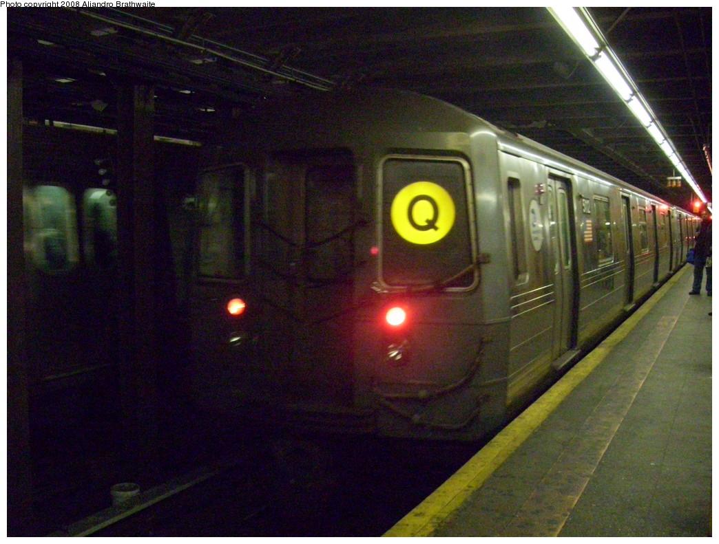 (249k, 1044x791)<br><b>Country:</b> United States<br><b>City:</b> New York<br><b>System:</b> New York City Transit<br><b>Line:</b> BMT 4th Avenue<br><b>Location:</b> 59th Street <br><b>Route:</b> Q reroute<br><b>Car:</b> R-68A (Kawasaki, 1988-1989)  5112 <br><b>Photo by:</b> Aliandro Brathwaite<br><b>Date:</b> 3/7/2008<br><b>Viewed (this week/total):</b> 6 / 2852