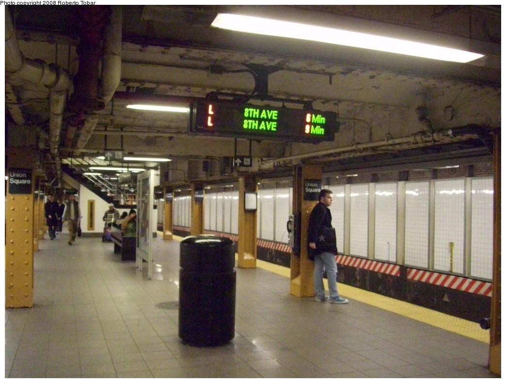(210k, 1044x791)<br><b>Country:</b> United States<br><b>City:</b> New York<br><b>System:</b> New York City Transit<br><b>Line:</b> BMT Canarsie Line<br><b>Location:</b> Union Square <br><b>Photo by:</b> Roberto C. Tobar<br><b>Date:</b> 3/5/2008<br><b>Viewed (this week/total):</b> 3 / 2379