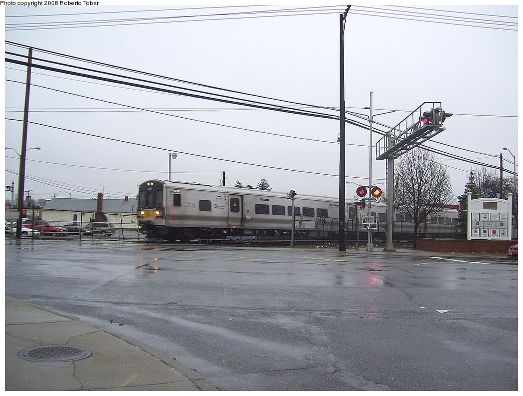 (227k, 1044x791)<br><b>Country:</b> United States<br><b>System:</b> Long Island Rail Road<br><b>Line:</b> LIRR Greenport<br><b>Location:</b> Bethpage <br><b>Car:</b> LIRR M-7 EMU (Bombardier)  <br><b>Photo by:</b> Roberto C. Tobar<br><b>Date:</b> 3/8/2008<br><b>Viewed (this week/total):</b> 0 / 1953