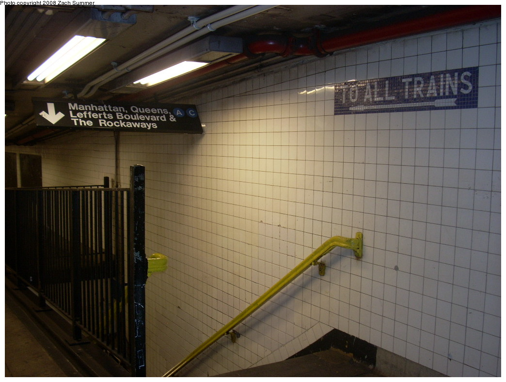 (223k, 1044x788)<br><b>Country:</b> United States<br><b>City:</b> New York<br><b>System:</b> New York City Transit<br><b>Line:</b> IND 8th Avenue Line<br><b>Location:</b> High Street/Brooklyn Bridge <br><b>Photo by:</b> Zach Summer<br><b>Date:</b> 12/21/2007<br><b>Notes:</b> Mezzanine stairway.<br><b>Viewed (this week/total):</b> 1 / 2290