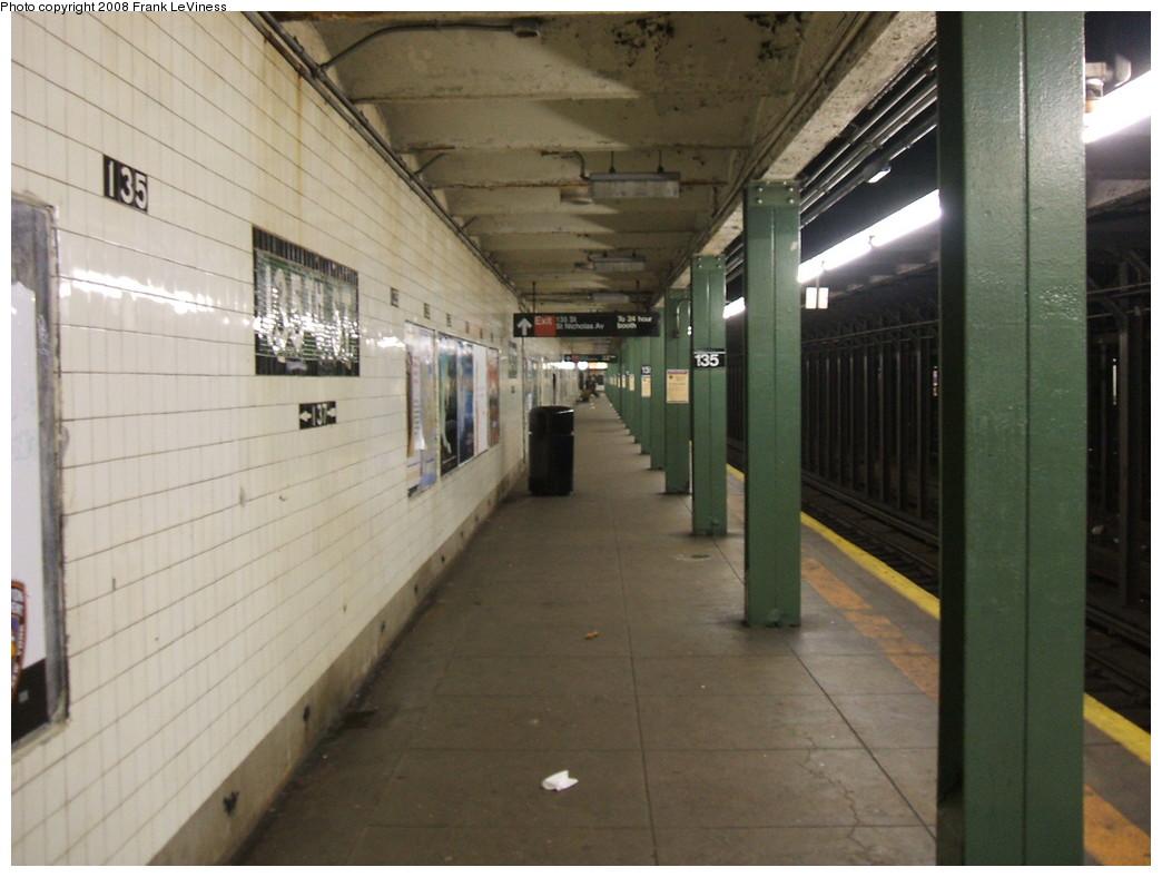 (190k, 1044x788)<br><b>Country:</b> United States<br><b>City:</b> New York<br><b>System:</b> New York City Transit<br><b>Line:</b> IND 8th Avenue Line<br><b>Location:</b> 135th Street <br><b>Photo by:</b> Frank LeViness<br><b>Date:</b> 2/25/2007<br><b>Viewed (this week/total):</b> 1 / 2624