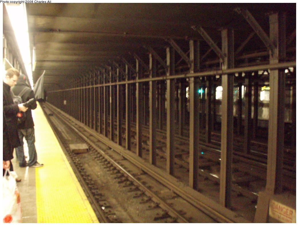 (239k, 1044x788)<br><b>Country:</b> United States<br><b>City:</b> New York<br><b>System:</b> New York City Transit<br><b>Line:</b> IRT West Side Line<br><b>Location:</b> Christopher Street/Sheridan Square <br><b>Photo by:</b> Charles Ali<br><b>Date:</b> 3/9/2008<br><b>Viewed (this week/total):</b> 0 / 2782