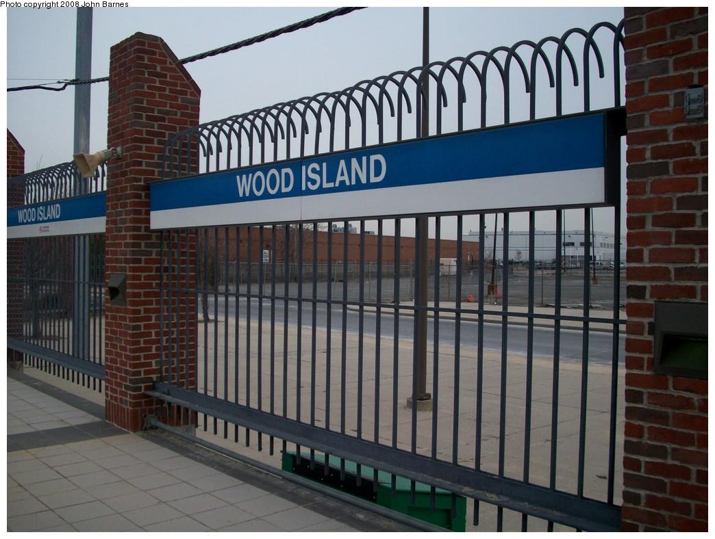 (215k, 1044x788)<br><b>Country:</b> United States<br><b>City:</b> Boston, MA<br><b>System:</b> MBTA<br><b>Line:</b> MBTA Blue Line<br><b>Location:</b> Wood Island <br><b>Photo by:</b> John Barnes<br><b>Date:</b> 2/12/2008<br><b>Viewed (this week/total):</b> 0 / 795
