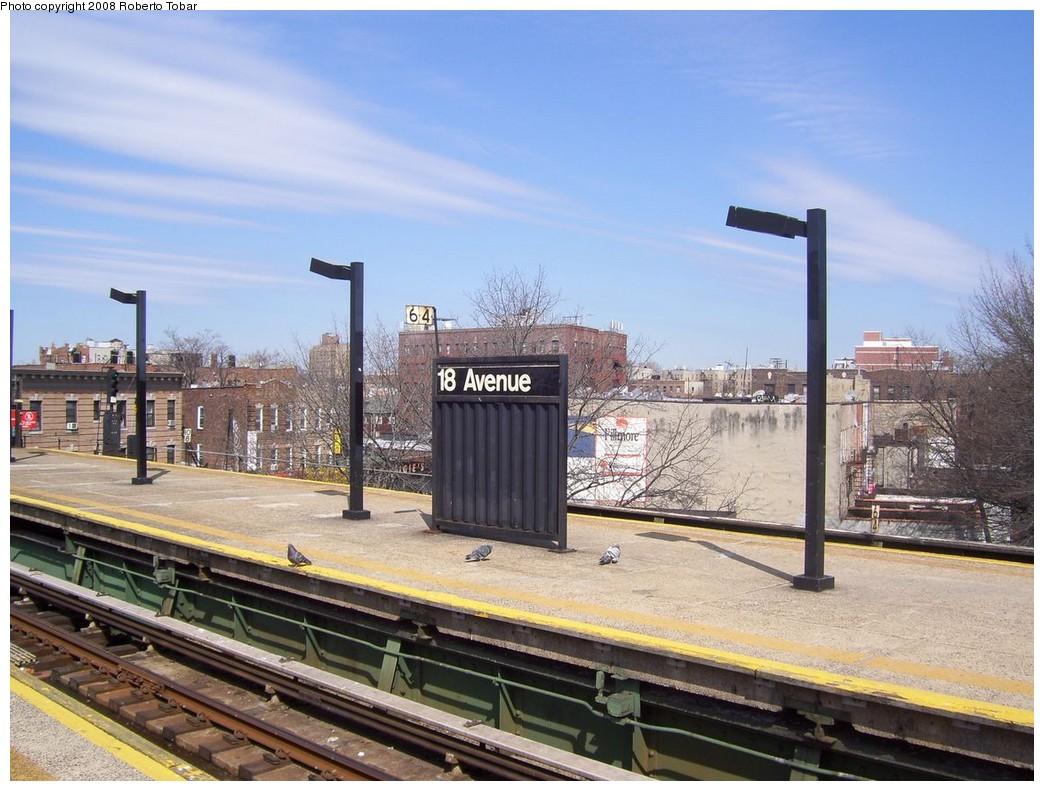 (228k, 1044x791)<br><b>Country:</b> United States<br><b>City:</b> New York<br><b>System:</b> New York City Transit<br><b>Line:</b> BMT Culver Line<br><b>Location:</b> 18th Avenue <br><b>Photo by:</b> Roberto C. Tobar<br><b>Date:</b> 3/22/2008<br><b>Notes:</b> Platform view.<br><b>Viewed (this week/total):</b> 0 / 1224