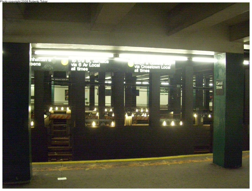 (214k, 1044x791)<br><b>Country:</b> United States<br><b>City:</b> New York<br><b>System:</b> New York City Transit<br><b>Line:</b> IND Crosstown Line<br><b>Location:</b> Carroll Street <br><b>Photo by:</b> Roberto C. Tobar<br><b>Date:</b> 3/22/2008<br><b>Notes:</b> View across the tracks; track work on express.<br><b>Viewed (this week/total):</b> 1 / 3641