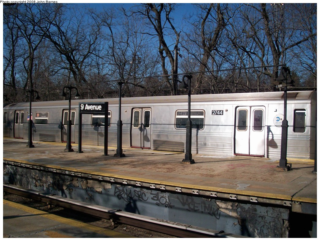 (303k, 1044x788)<br><b>Country:</b> United States<br><b>City:</b> New York<br><b>System:</b> New York City Transit<br><b>Line:</b> BMT West End Line<br><b>Location:</b> 9th Avenue <br><b>Route:</b> D<br><b>Car:</b> R-68 (Westinghouse-Amrail, 1986-1988)  2744 <br><b>Photo by:</b> John Barnes<br><b>Date:</b> 3/17/2008<br><b>Viewed (this week/total):</b> 0 / 1953