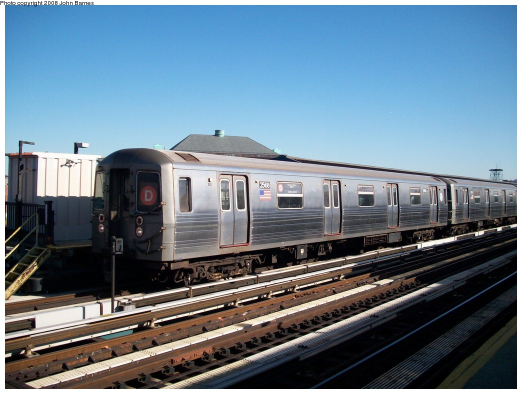(209k, 1044x788)<br><b>Country:</b> United States<br><b>City:</b> New York<br><b>System:</b> New York City Transit<br><b>Line:</b> BMT West End Line<br><b>Location:</b> Fort Hamilton Parkway <br><b>Route:</b> D<br><b>Car:</b> R-68 (Westinghouse-Amrail, 1986-1988)  2568 <br><b>Photo by:</b> John Barnes<br><b>Date:</b> 3/17/2008<br><b>Viewed (this week/total):</b> 2 / 1730