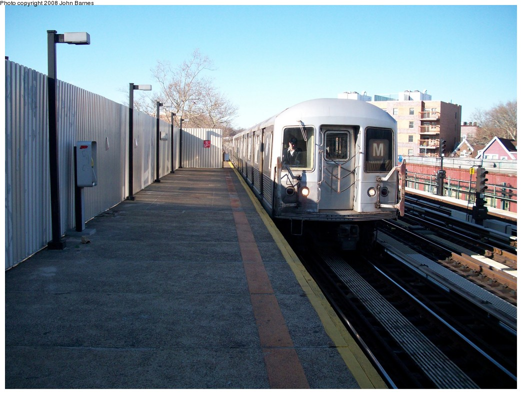 (225k, 1044x788)<br><b>Country:</b> United States<br><b>City:</b> New York<br><b>System:</b> New York City Transit<br><b>Line:</b> BMT West End Line<br><b>Location:</b> Fort Hamilton Parkway <br><b>Route:</b> M<br><b>Car:</b> R-42 (St. Louis, 1969-1970)   <br><b>Photo by:</b> John Barnes<br><b>Date:</b> 3/17/2008<br><b>Viewed (this week/total):</b> 2 / 1689