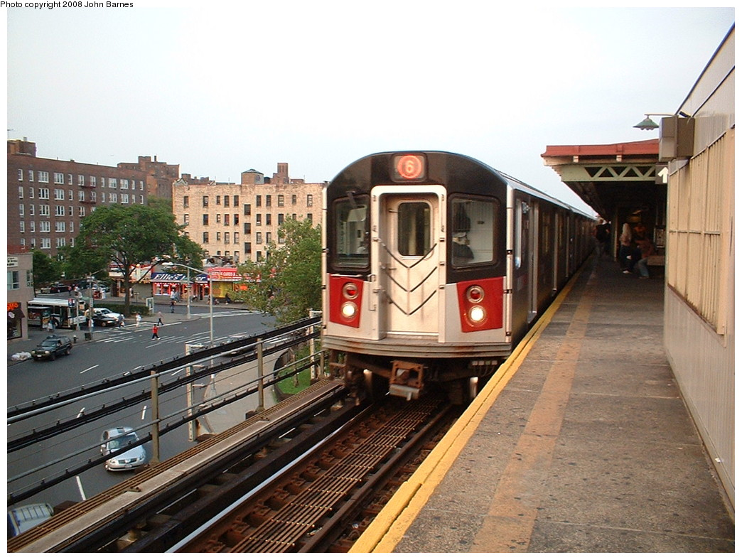 (249k, 1044x788)<br><b>Country:</b> United States<br><b>City:</b> New York<br><b>System:</b> New York City Transit<br><b>Line:</b> IRT Pelham Line<br><b>Location:</b> East 177th Street/Parkchester <br><b>Route:</b> 6<br><b>Car:</b> R-142 or R-142A (Number Unknown)  <br><b>Photo by:</b> John Barnes<br><b>Date:</b> 5/13/2006<br><b>Viewed (this week/total):</b> 3 / 2438