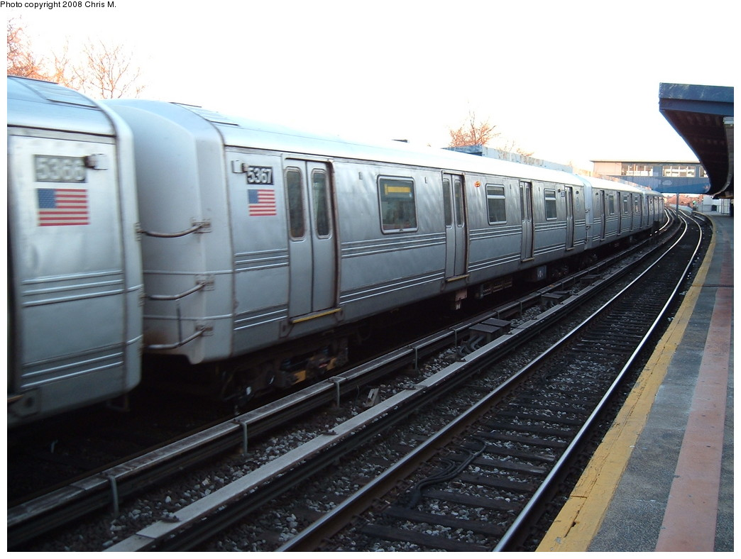 (206k, 1044x788)<br><b>Country:</b> United States<br><b>City:</b> New York<br><b>System:</b> New York City Transit<br><b>Line:</b> IND Rockaway<br><b>Location:</b> Broad Channel <br><b>Route:</b> A<br><b>Car:</b> R-44 (St. Louis, 1971-73) 5367 <br><b>Photo by:</b> Chris M.<br><b>Date:</b> 3/9/2008<br><b>Viewed (this week/total):</b> 0 / 1780