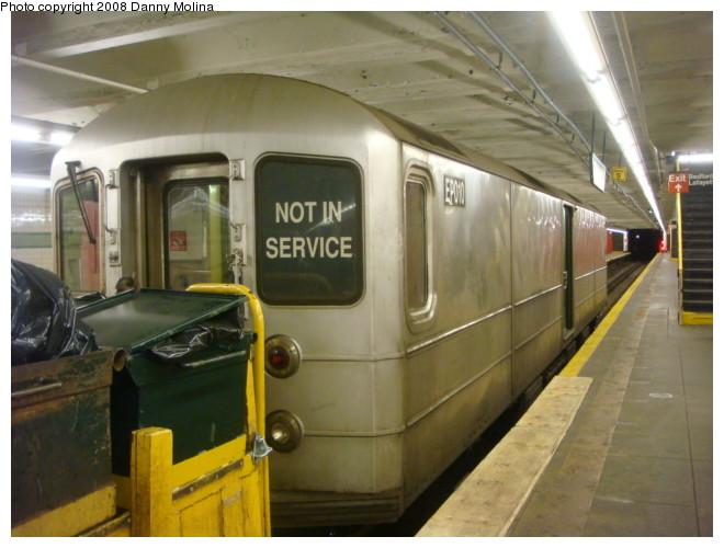 (97k, 660x500)<br><b>Country:</b> United States<br><b>City:</b> New York<br><b>System:</b> New York City Transit<br><b>Line:</b> IND Crosstown Line<br><b>Location:</b> Bedford/Nostrand Aves. <br><b>Route:</b> Work Service<br><b>Car:</b> R-127/R-134 (Kawasaki, 1991-1996) EP010 <br><b>Photo by:</b> Danny Molina<br><b>Date:</b> 2/15/2008<br><b>Viewed (this week/total):</b> 0 / 2007