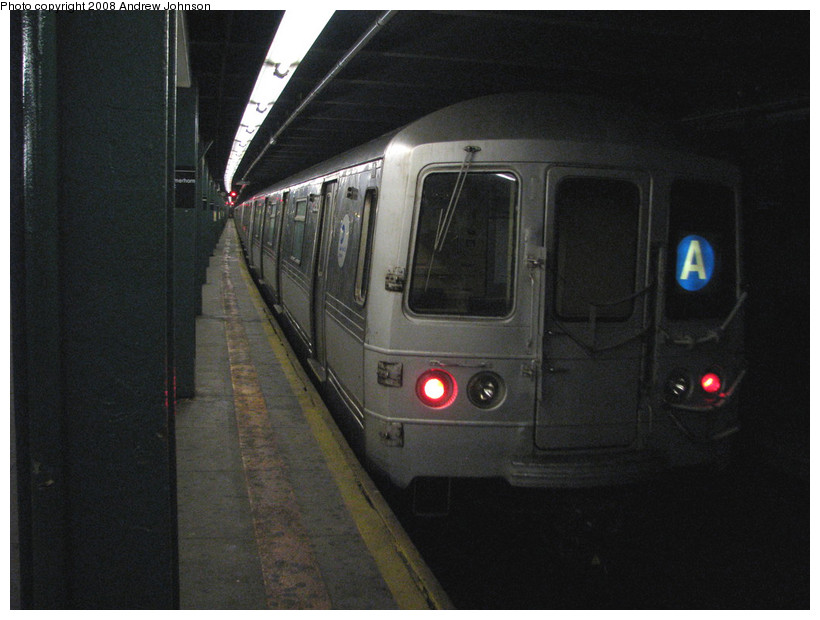 (141k, 820x620)<br><b>Country:</b> United States<br><b>City:</b> New York<br><b>System:</b> New York City Transit<br><b>Line:</b> IND Fulton Street Line<br><b>Location:</b> Hoyt-Schermerhorn Street <br><b>Route:</b> A<br><b>Car:</b> R-44 (St. Louis, 1971-73) 5292 <br><b>Photo by:</b> Andrew Johnson<br><b>Date:</b> 3/19/2008<br><b>Viewed (this week/total):</b> 1 / 2292