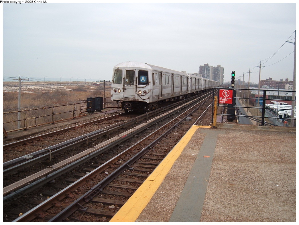 (252k, 1044x788)<br><b>Country:</b> United States<br><b>City:</b> New York<br><b>System:</b> New York City Transit<br><b>Line:</b> IND Rockaway<br><b>Location:</b> Beach 44th Street/Frank Avenue <br><b>Route:</b> A<br><b>Car:</b> R-44 (St. Louis, 1971-73)  <br><b>Photo by:</b> Chris M.<br><b>Date:</b> 1/29/2008<br><b>Viewed (this week/total):</b> 2 / 1410