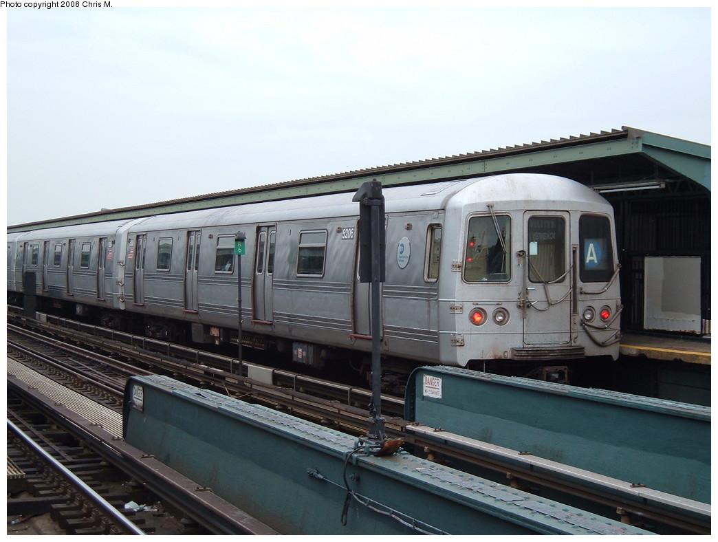 (193k, 1044x788)<br><b>Country:</b> United States<br><b>City:</b> New York<br><b>System:</b> New York City Transit<br><b>Line:</b> IND Fulton Street Line<br><b>Location:</b> Rockaway Boulevard <br><b>Route:</b> A<br><b>Car:</b> R-44 (St. Louis, 1971-73) 5206 <br><b>Photo by:</b> Chris M.<br><b>Date:</b> 1/29/2008<br><b>Viewed (this week/total):</b> 3 / 1228