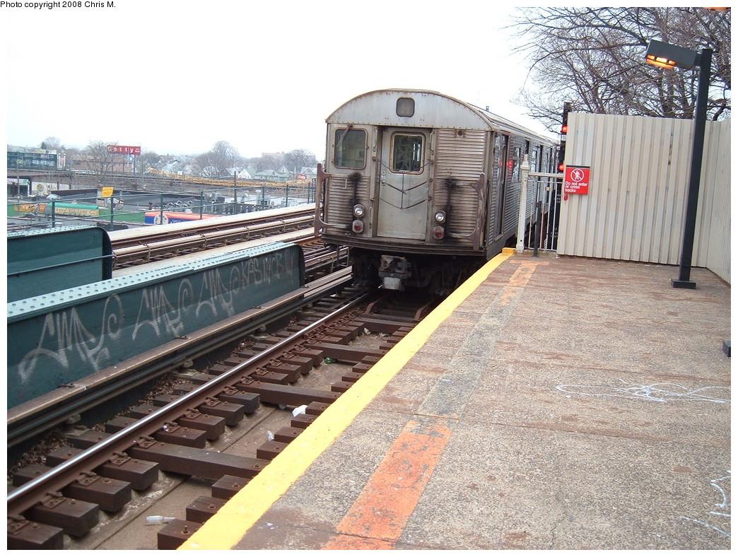 (301k, 1044x788)<br><b>Country:</b> United States<br><b>City:</b> New York<br><b>System:</b> New York City Transit<br><b>Line:</b> IND Fulton Street Line<br><b>Location:</b> 104th Street/Oxford Ave. <br><b>Route:</b> A<br><b>Car:</b> R-32 (Budd, 1964)  3837 <br><b>Photo by:</b> Chris M.<br><b>Date:</b> 1/29/2008<br><b>Viewed (this week/total):</b> 0 / 1654