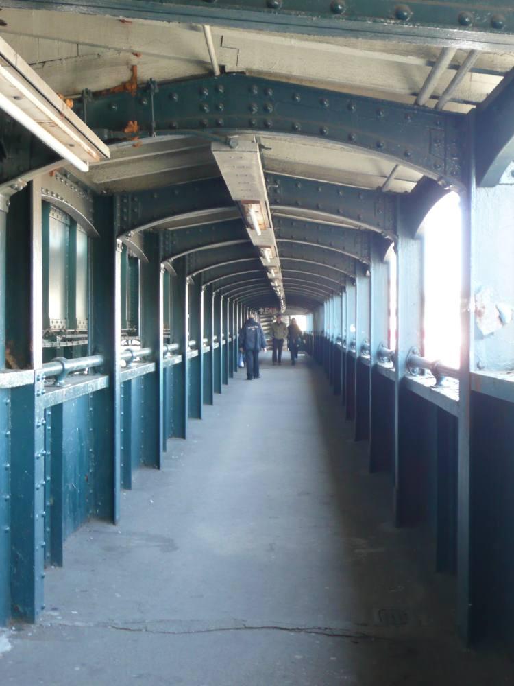 (87k, 750x1000)<br><b>Country:</b> United States<br><b>City:</b> New York<br><b>System:</b> New York City Transit<br><b>Line:</b> BMT Astoria Line<br><b>Location:</b> Astoria Boulevard/Hoyt Avenue <br><b>Photo by:</b> Robbie Rosenfeld<br><b>Date:</b> 3/23/2008<br><b>Notes:</b> Passage/entryway.<br><b>Viewed (this week/total):</b> 5 / 1876