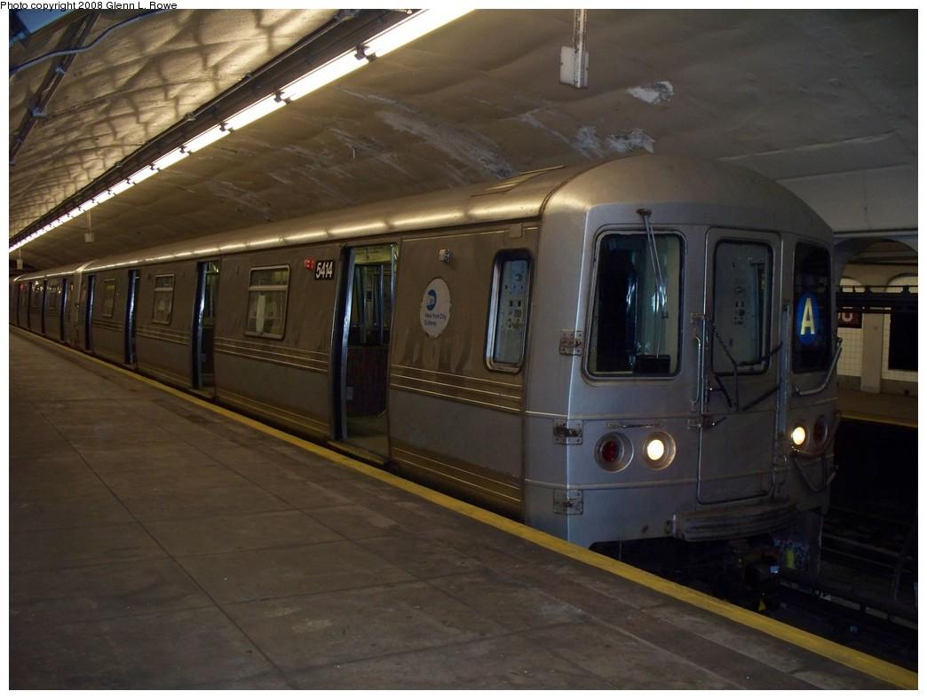 (176k, 1044x788)<br><b>Country:</b> United States<br><b>City:</b> New York<br><b>System:</b> New York City Transit<br><b>Line:</b> IND 8th Avenue Line<br><b>Location:</b> 190th Street/Overlook Terrace <br><b>Route:</b> A<br><b>Car:</b> R-44 (St. Louis, 1971-73) 5414 <br><b>Photo by:</b> Glenn L. Rowe<br><b>Date:</b> 4/3/2008<br><b>Viewed (this week/total):</b> 0 / 1641